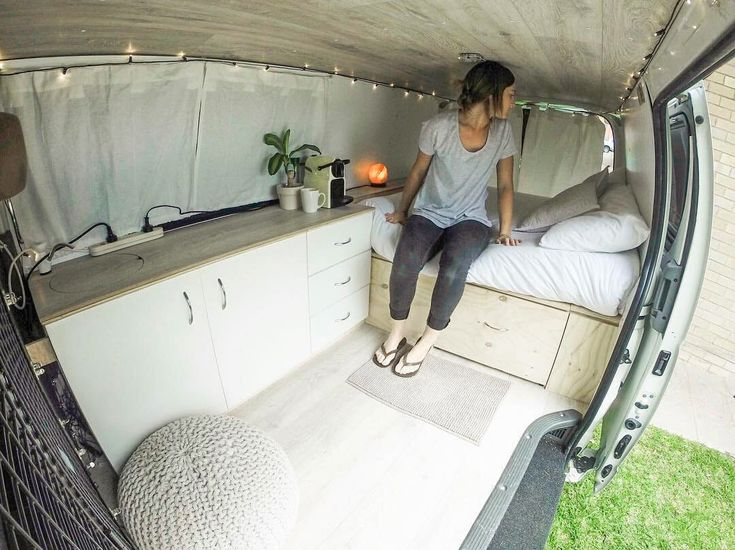 A cool list of creative and inspiring campervan layouts! Lots of cool van life i...