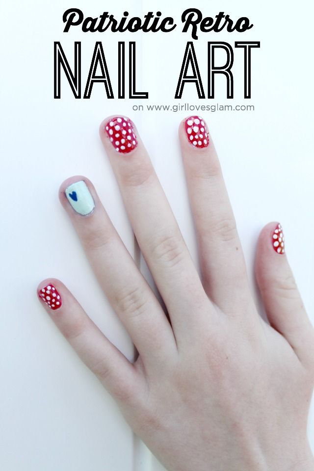 Patriotic Retro Nail Art. 4th of July Nail Art on www.girllovesglam...