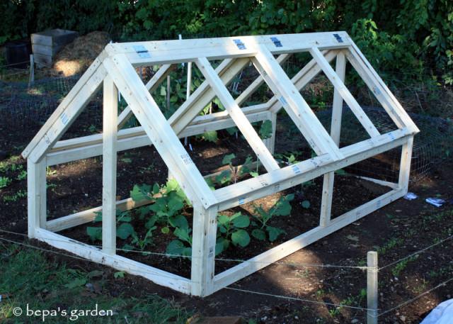 DIY-Mini-Greenhouse-2